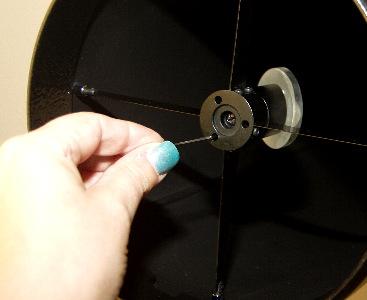 Adjusting the secondary mirrors 'tilt'